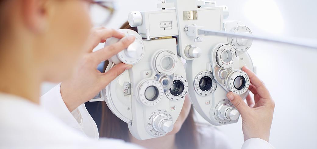 Как подобрать контактные линзы?